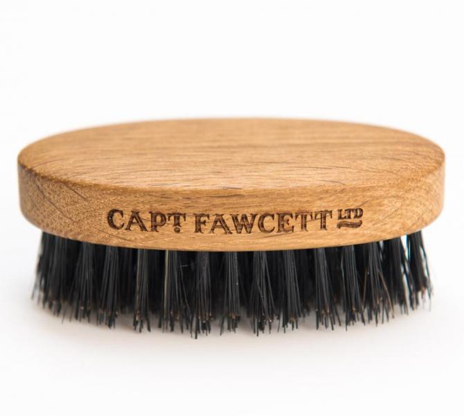 rasceska-dla-borody-captain-fawcett 2