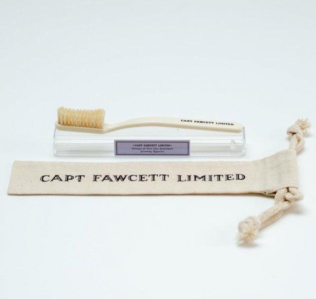 Зубная щетка Captain Fawcett